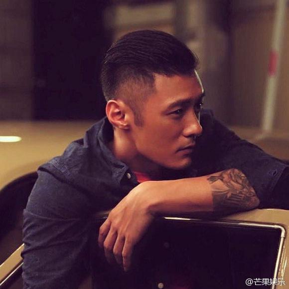 35歲的余文樂與46歲的香港電台主持人阮小儀相戀?