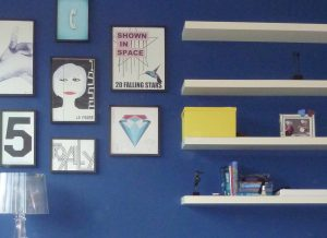 Blauwe wand M Style interieur