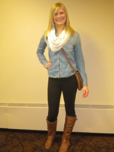 Get Payton Nelson's outfit: Denim top: Delias.com Leggings: Victoria's Secret Scarf: Herbergers Purse: The Garage Boots: Top Moda