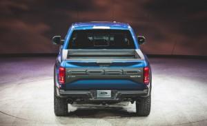 2017-Ford-F-150-SVT-Raptor-107-876x535