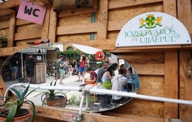 Józsefváros: Auróra újratöltve