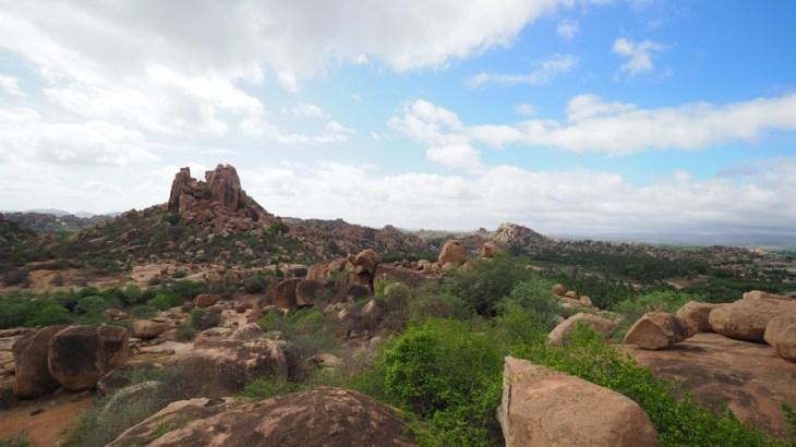 【インド】巨石群と遺跡の街-ハンピ観光3日目(レンタルバイクで)
