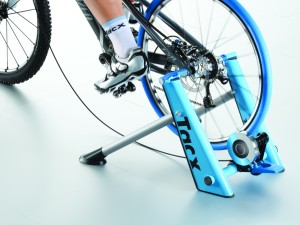 T2600_Tacx_Blue_Motion_trainer_MTB_back_1207_0