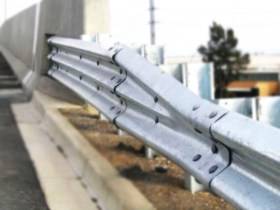 21_2_steel_thrie_beam_guardrail_3