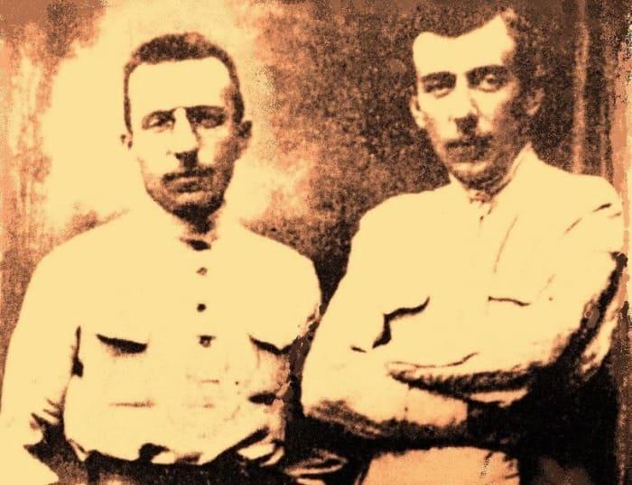 Братья Антон и Виталий Макаренко, август 1914   Фото: kleinburd.ru