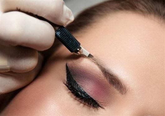 Перманентный макияж - почему он так опасен?