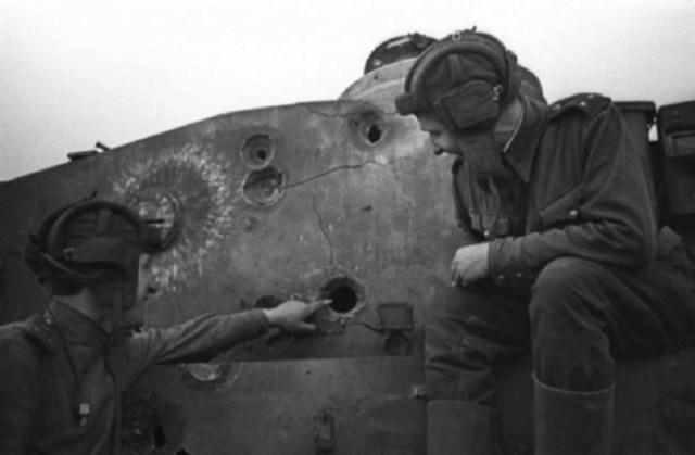 Подбитый танк война, фото, фотокорреспондент