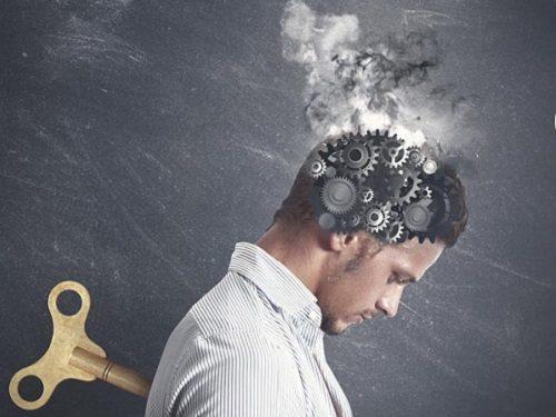 Энергетическое истощение: признаки, чем оно опасно и как с ним бороться