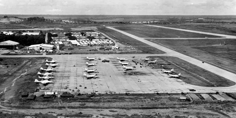 Авиабаза Бьен Хоа, 1964 год. Самолёты стоят как на параде война, история, факты