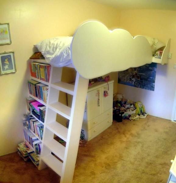 Готовая самодельная кровать чердак для девочки
