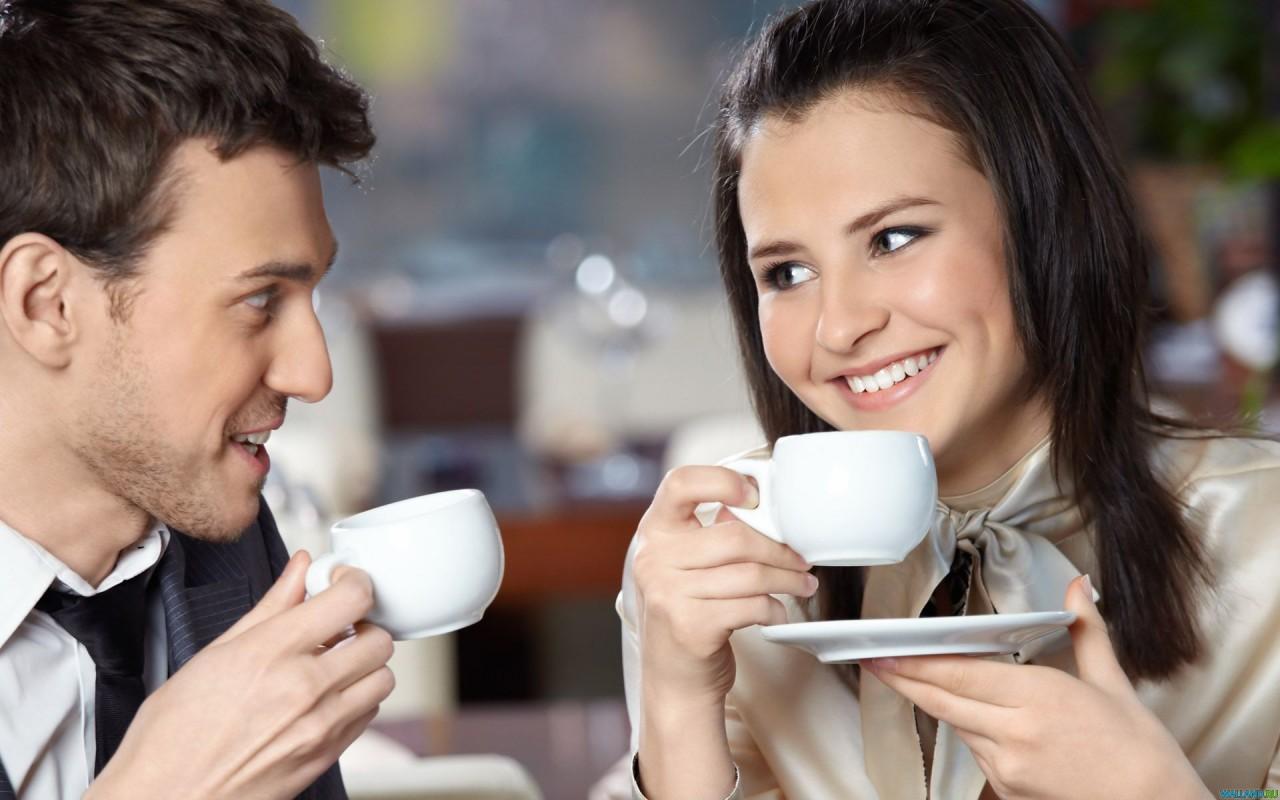 «Я поднимусь на чай? Буквально на 10 минут!» Как врут мужчины, чтобы затащить девушку в постель