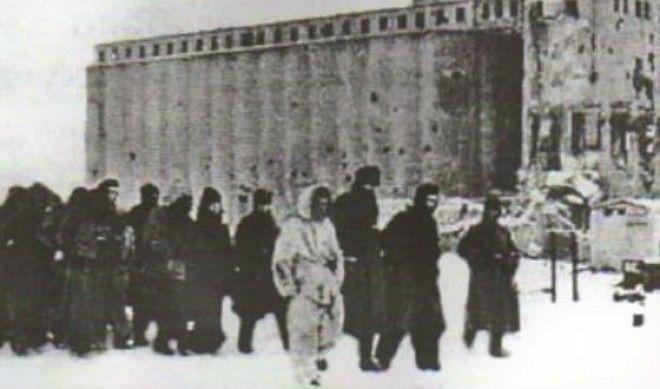 Пленные немецкие солдаты в Сталинграде
