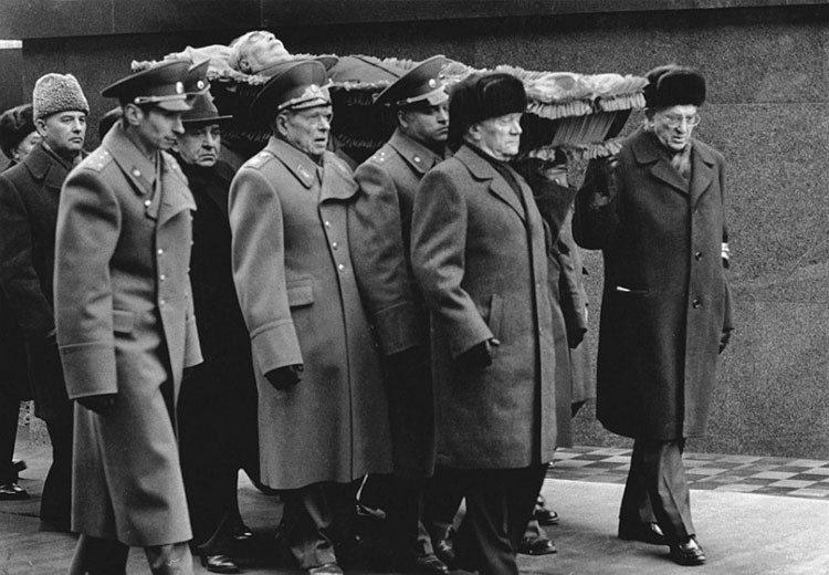 как хоронили Ленина, Сталина, Хрущева, Брежнева, Андропова