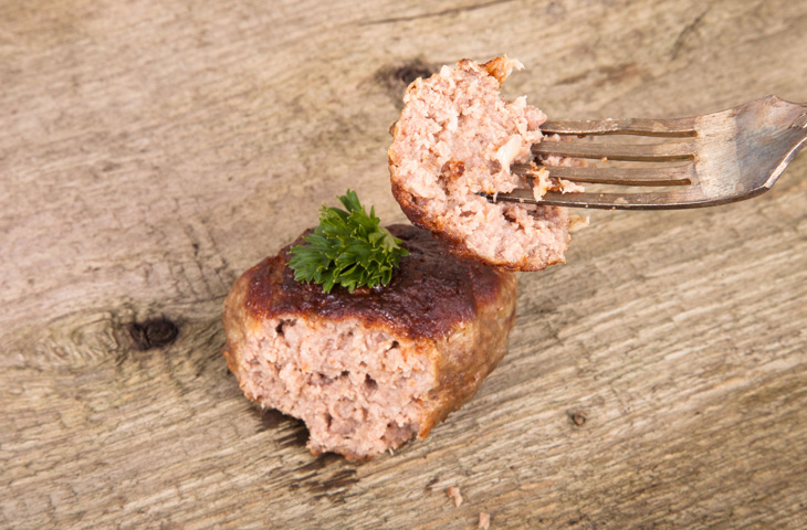 Как приготовить вкуснейшие домашние сосиски