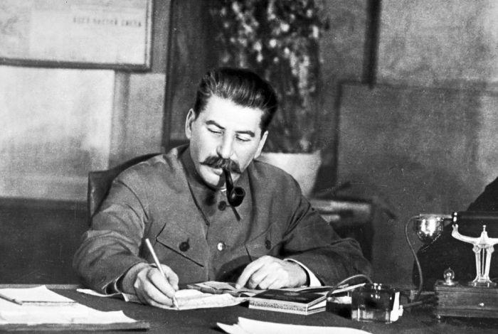 Неожиданная реакция Сталина на похвалу со стороны Черчилля сталин, статья, черчилль