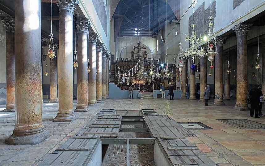 Церковь Рождества, на Западном берегу.
