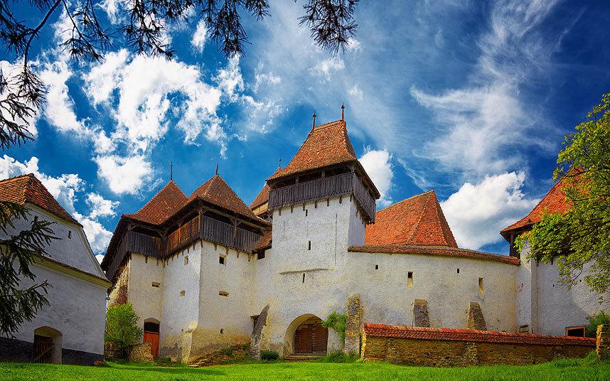 Церковь-крепость Вискри, Румыния