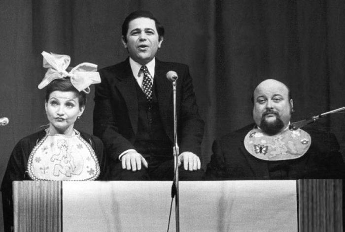 Евгений Петросян с Еленой Степаненко и Вячеславом Войнаровским, 1980.