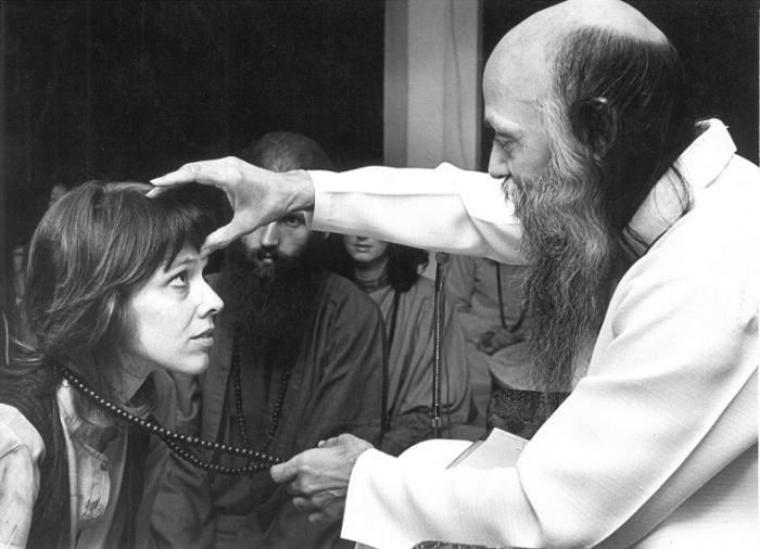 Шок, как один из способов «разбудить людей», - основа духовной практики Ошо