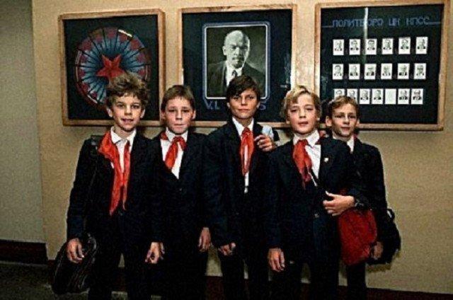 Мальчишки СССР, история, школа