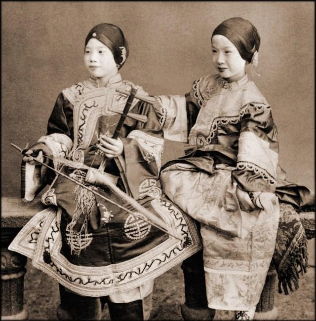 Музыкантши из Гон-Конга( 1901 год.) исторические фото, история, китай