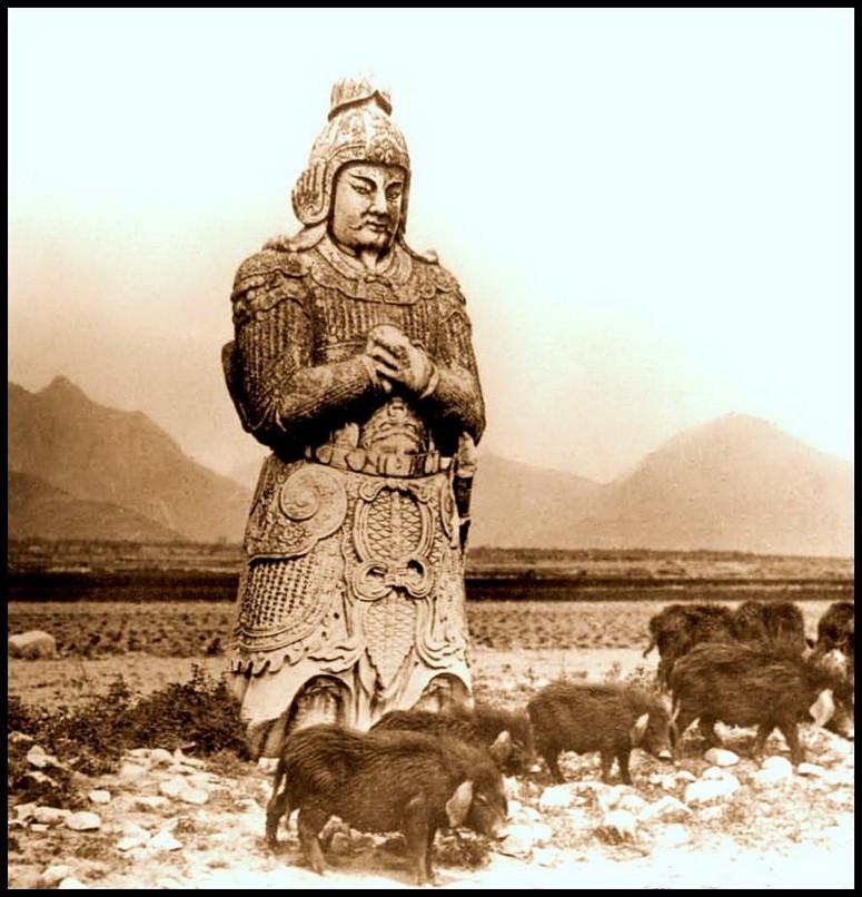 Фигура  генерала. Гробницы Мин - дорога духов. исторические фото, история, китай