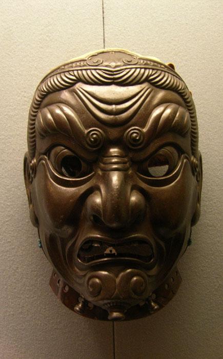 Шлем-маска японского самурая