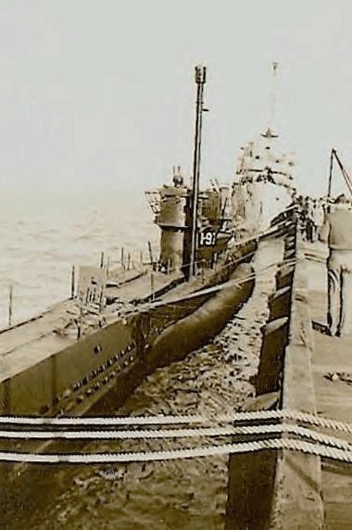 U-977 у причала на военной базе в Аргентине. вторая мирова война, история