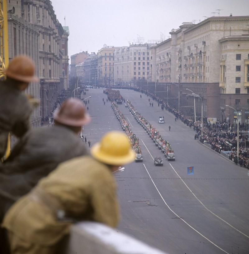 Церемония захоронения останков Неизвестного солдата в Москве, 1966 год СССР, быт, воспоминания, ностальгия, фото