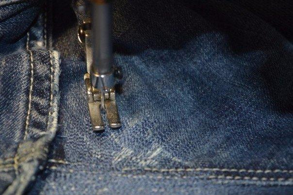 Как закрыть дыру на джинсах. Трюк, который вы не знали!