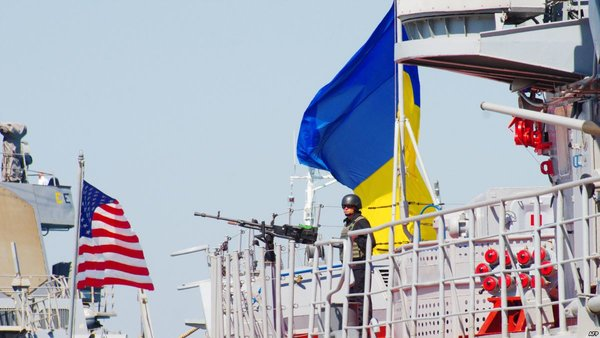 Пока следим, ответ будет мгновенным: в России отреагировали на учения США и Украины в Чёрном море