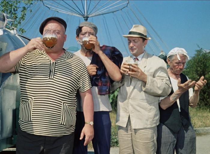 Георгий Светлани в фильме «Кавказкая пленница».