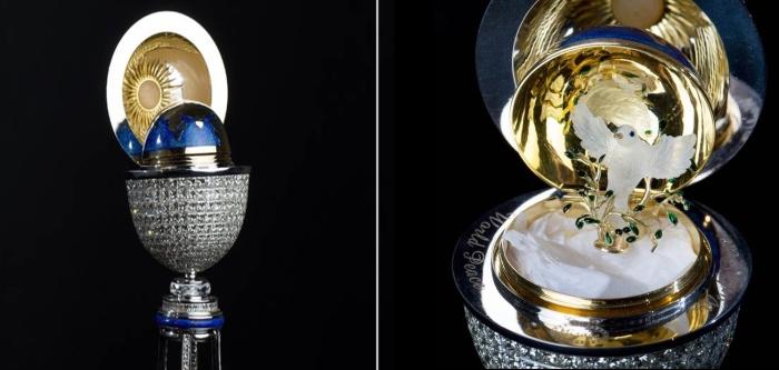 Фантастическое пасхальное яйцо Мираж.   Фото: express.co.uk.