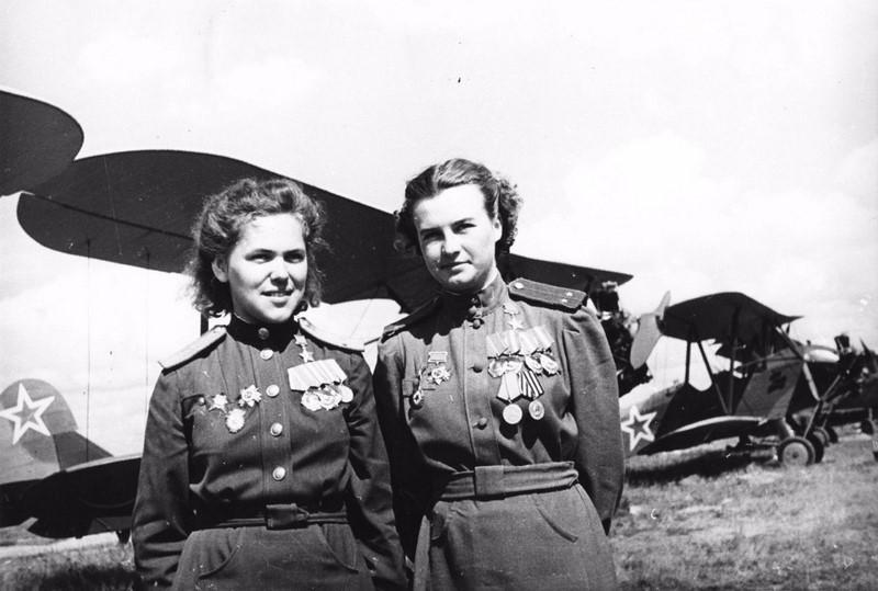 Вот так поступали нацисты с пленными советскими женщинами (9 фото)