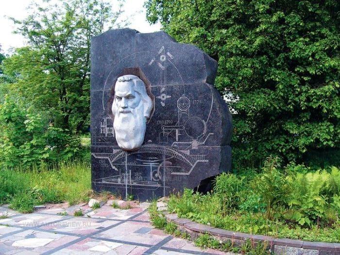 Русский да Винчи: почему Ивана Кулибина высмеивали академики и любили женщины