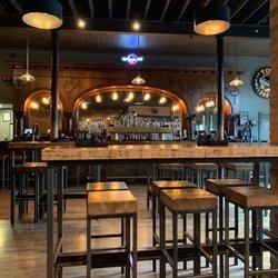 Top Hat Lounge | Montana Happy Hour