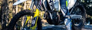 picture of a dirt bike