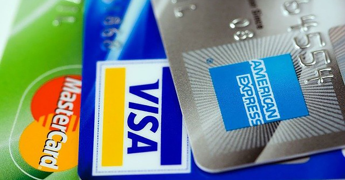 The effects of credit cards on credit score