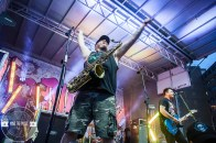 05 Less Than Jake-Outdoor-3