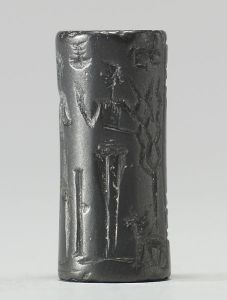 453px-Babylonian_-_Cylinder_Seal_with_Three_Standing_Figures_and_Inscriptions_-_Walters_42692_-_Side_D