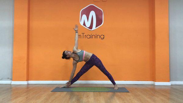 Trikotasana mtraining calentamiento aductor yoga