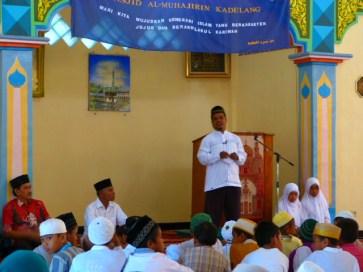 ceramah di masjid almuhajirin kadelang