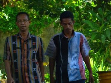 di temani kaur sarpras Fatahudin, S.Pd (kanan)