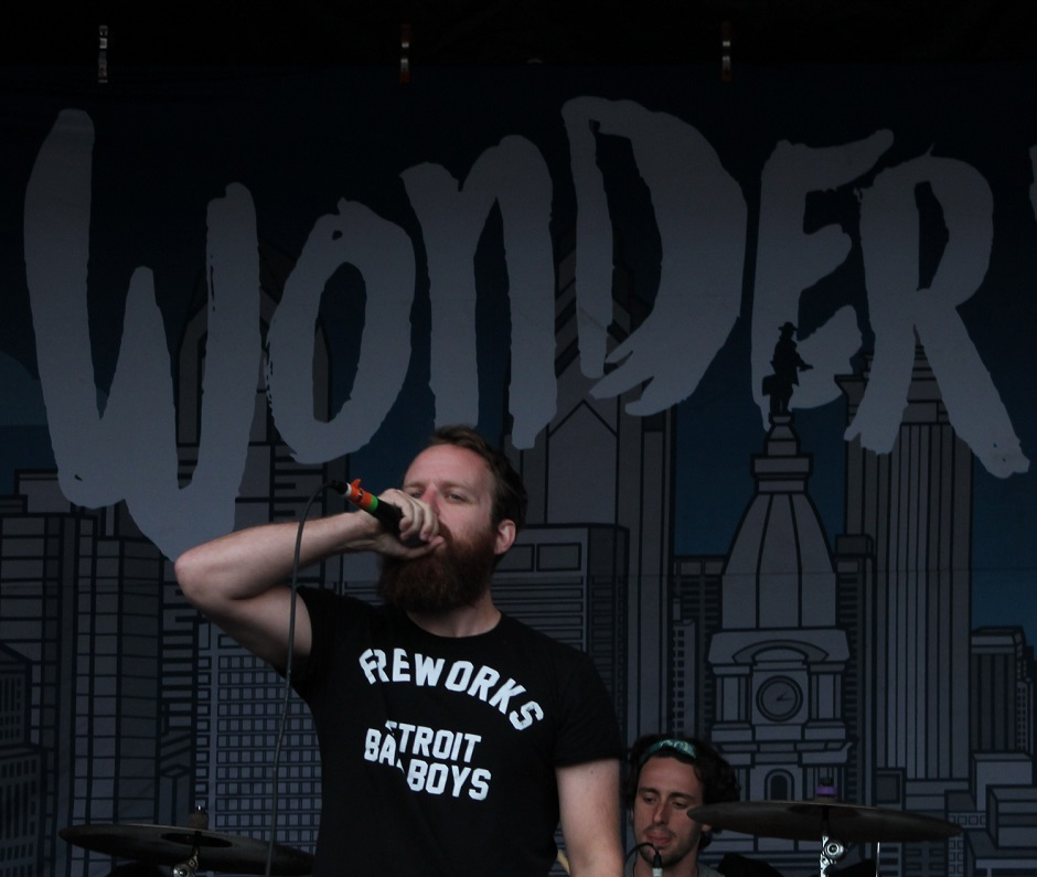 """Dan """"Soupy"""" Campbell of The Wonder Years performs during the Nashville, Tennessee stop of the Vans Warped Tour on July, 1, 2015. (MTSU Sidelines / Savanna Hazlewood)"""