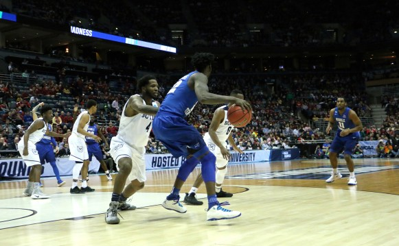 Forward JaCorey Williams dribbles to the basket during an NCAA Tournament second-round game against Butler in Milwaukee, WI on March 19, 2017. (MTSU Sidelines/Tyler Lamb)