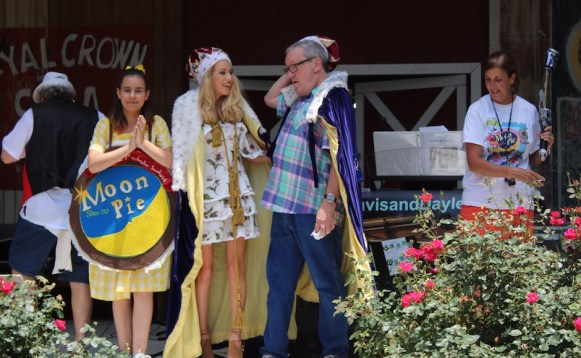 The RC king and Moon Pie queen are crowned at the RC-Moon Pie Festival. (Tayhlor Stephenson / Sidelines)