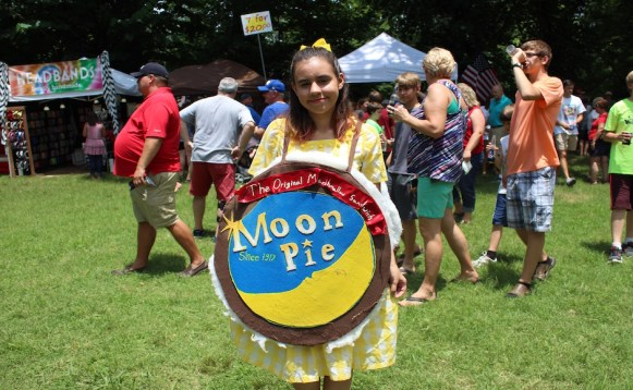 Taylor Simmons is dressed as a Moon Pie treat at the RC-Moon Pie Festival. (Tayhlor Stephenson / Sidelines)