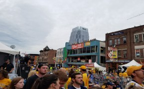 Fans wait for the game to begin as Broadway fills up. (Alexis Marshall / Sidelines)