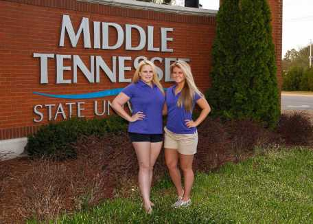 Jordan Cantrell (left) and Gabriella Lindskoug (right) pose before going to compete in the 2017 Air Race Classic. (Submitted: Gabriella Lindskoug)