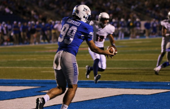 Matt Bonadies loads up to boot a punt away on Nov. 4, 2017 in Murfreesboro, Tenn. (Devin P. Grimes / MTSU Sidelines)